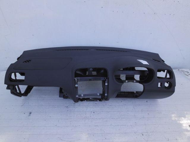 Spiegel Vw Polo : Armaturenbrett armaturentafel vw polo 6r rhd gb 8 karosserie
