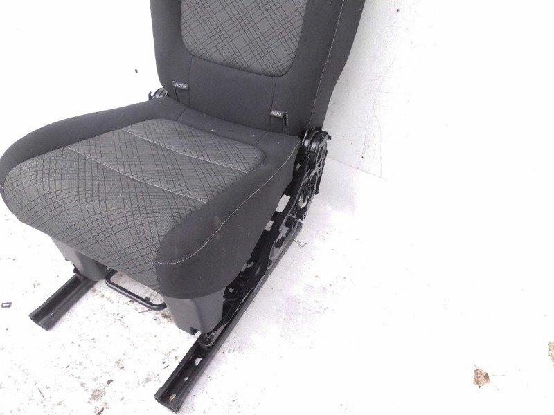 sitz hinten vw sharan 7n 2011. Black Bedroom Furniture Sets. Home Design Ideas
