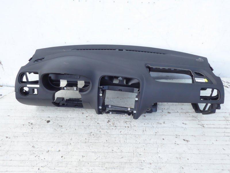 Spiegel Vw Polo : Armaturenbrett armaturentafel schalttafel vw polo 6r 6c 6r1857004a