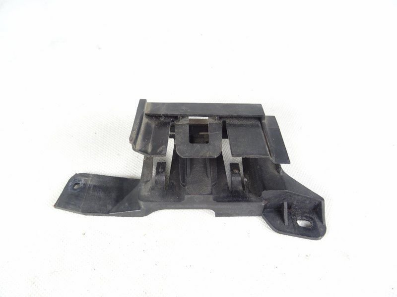 BRACKET FOR CONNECTOR HOUSING AUDI A6 C6 1J0971830S
