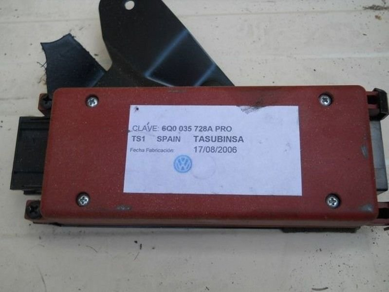 CONTROL UNIT TELEPHONE VW POLO 6Q0035728A