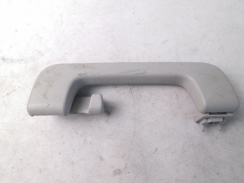 GRIP HANDLE RIGHT AUDI A3 8P0857608F