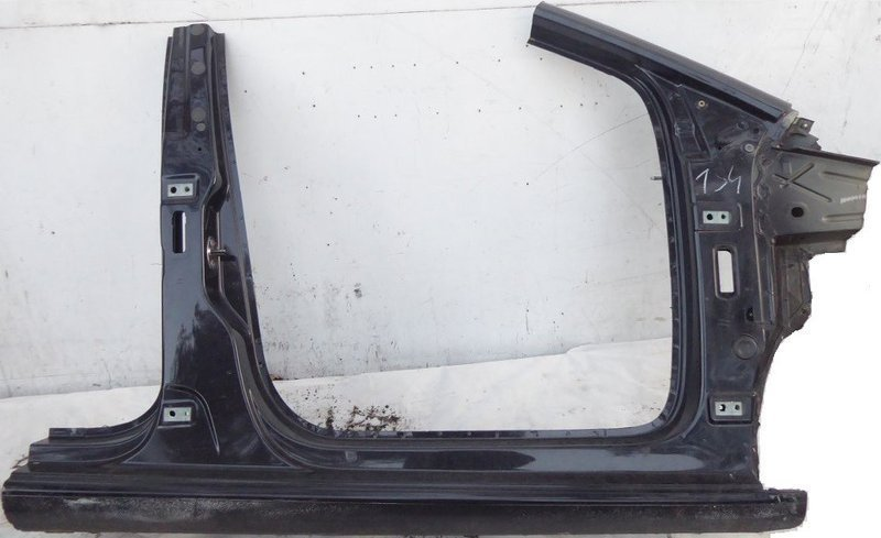 MIDDLE RIGHT THRESHOLD FRONT VW UP CITIGO 1S4
