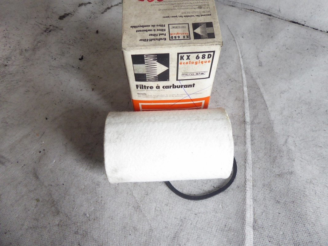MAHLE//KNECHT Kraftstofffiltereinsatz KX 65D