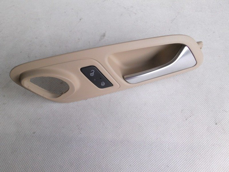 INSIDE DOOR HANDLE RIGHT FRONT VW CC 3C8837114CE 1K0962126B